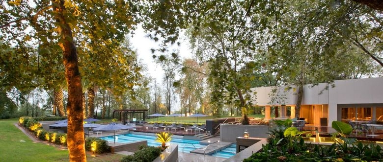 4* The Maslow Hotel - Sandton